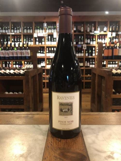 Ravines Wine Cellars Pinot Noir 2015