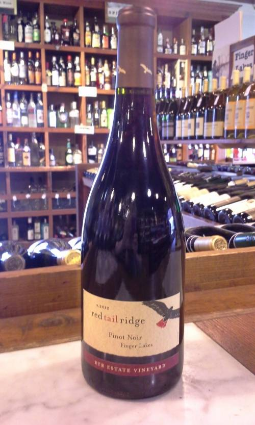 Red Tail Ridge Winery Pinot Noir 2015
