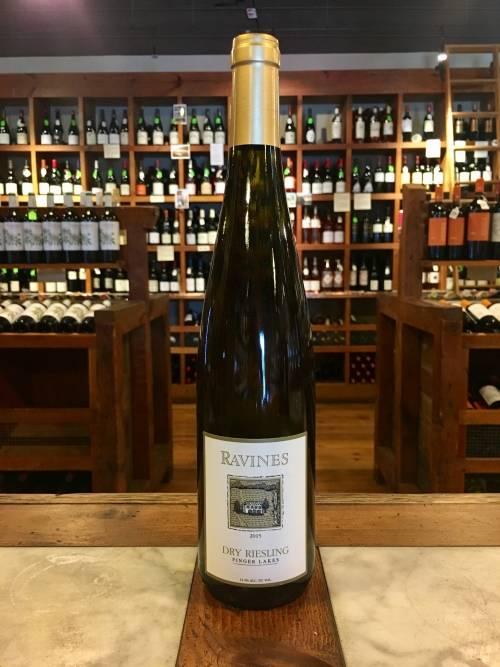 Ravines Wine Cellars Dry Riesling 2017
